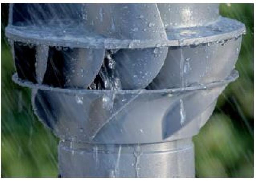 Photo 2 L'extracteur éolien est révolutionnaire en son genre. Un fonctionnement optimal a été obtenu grâce à une conception aérodynamique intelligente et à une apparence très distinctive. Le matériaux plastique de très haute qualité rend cette conception possible, tandis que le coeur du ventilateur est composé de pièces en acier inoxydable et d'un jeu de roulements très fluide. L'extracteur éolien Silairo est breveté en raison de ses propriétés techniques uniques. - FIRSTPLAST