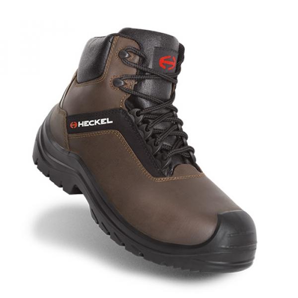 Photo 1 Polyvalentes, robustes et confortables, les chaussures SUXXEED OFFROAD sont idéales pour les maçons, les couvreurs, les étancheurs, les carreleurs ou les poseurs de parquets.  La tige en cuir fleur huilé marron est peu salissante et résistante à la pénétration d'eau.   Le bout recouvert prolonge la durée de vie de la chaussure et est particulièrement adapté aux personnes amenées à travailler accroupies ou à genoux.  La semelle en PU2D offre un excellent amorti et antidérapante. - Heckel
