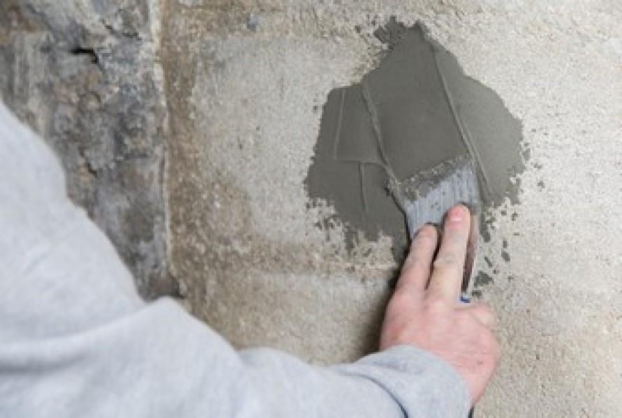 Photo 3 Enduit de rebouchage et de ragréage mural extérieur, finition granitée - Toupret