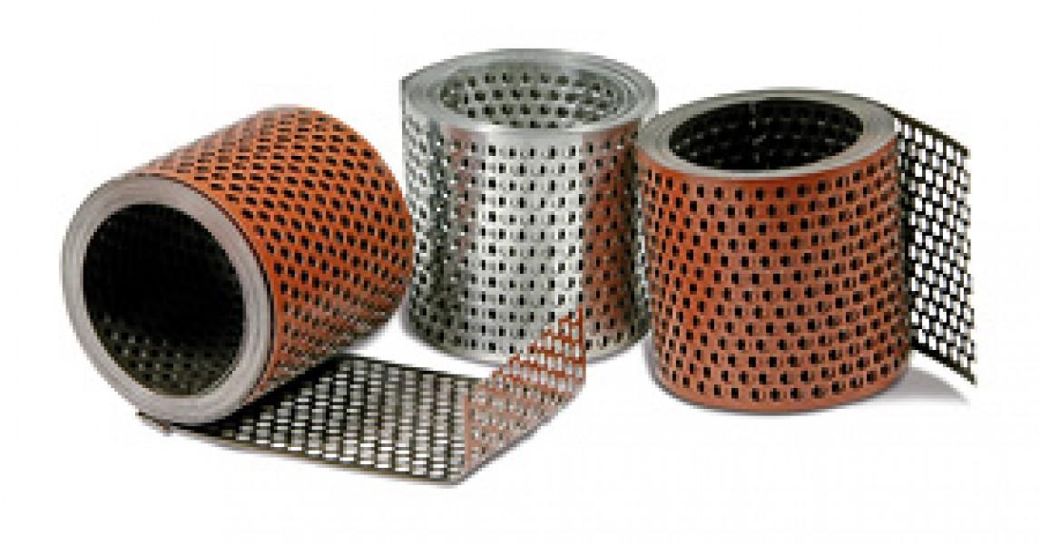 Photo 2 Pour une protection fiable contre l'intrusion de volatiles et autres nuisibles ! Disponibles en Aluminium Réversible ou en PVC. Sur rouleaux de 5 mètres ou dans cartons dévidoirs de 50 mètres. Largeurs : 50 mm, 80 mm & 100 mm (autres largeurs sur demande). Coloris en aluminium réversible : rouge/brun, rouge/noir, rouge/blanc ou naturel. Coloris en PVC : rouge brique, brun foncé, noir ou blanc. - MAGE FRANCE