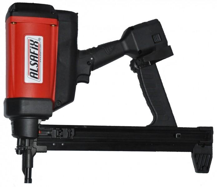 Photo 2 Kit composé d'un cloueur autonome à gaz béton C 40 G1 + 5 packs de pointes TI-1000, longueur au choix de 17 à 38 mm. (soit 5.000 pointes et 5 cartouches de gaz). Cloueur livret dans un coffret avec 2 batteries et 1 chargeur. Idéal pour la fixation de rails sur béton - ALSAFIX