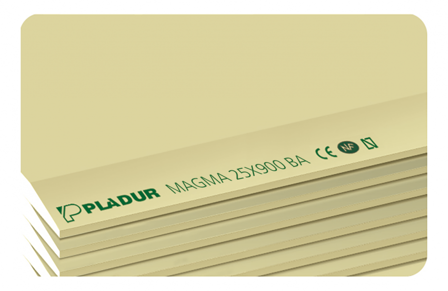 Photo 1 La plaque PLADUR® MAGNA présente une grande résistance aux chocs, au feu et au bruit. Les parements sont de couleur jaune pour la face destinée à être revêtue et grise pour le dos. La plaque PLADUR® MAGNA convient aux systèmes de contre-cloisons et de cloisons distributives et séparatives visées par les DTA 9/17-1052 et 9/15-1015 pour les ouvrages soumis à de fortes contraintes mécaniques et pour les chantiers à hauts rendements. - Pladur