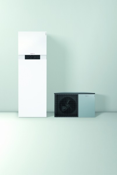 Photo 1 Profitez d'un pompe à chaleur silencieuse à prix attrayant !   La Vitocal 222-S peut être utilisée comme système de chauffage pur ou pour le chauffage et le refroidissement.  Faibles coûts de fonctionnement grâce à un COP  atteignant 5,0 (air 7°C/eau 35°C). EtaS entre 126 & 138 selon puissance.  L'interface utilisateur graphique de la régulation Vitotronic 200 garantit une commande à distance facile et intuitive. Le grand écran est éclairé, contrasté et facile à lire. - Viessmann France