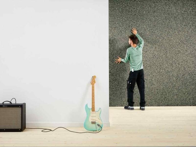 Photo 1 Le Silentwall® est un panneau de mousses de polyuréthane agglomérées et fibres pour l'amélioration de l'isolation thermique et acoustique des murs intérieurs des habitations. Le Silentwall® est un produit conçu pour améliorer l'isolation acoustique intérieure (côté intérieur des murs périphériques); Dimensions disponibles (mm) : 40 x 1200 x 600 / 40 x 2500 x 600 / 40 x 2600 x 1200 - RECTICEL