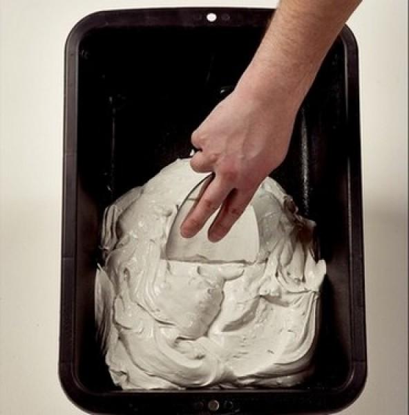 Photo 2 Toupret F est un enduit de finition en poudre, intérieur, pour application manuelle. Toupret F s'applique sur supports neufs ou rénovés, bruts ou peints et est recouvrable par tous types d'enduits, peintures et revêtements muraux. Toupret F est un enduit très fin permettant une application jusqu'à 2 mm d'épaisseur avec une excellente glisse une reprise sans arrachement. Il est sans odeur. - Toupret